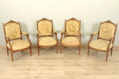 Fauteuils style Louis XVI tapisserie petit point