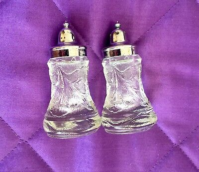Vintage Art Deco Glass Salt And Pepper Shakers - Silver Screw Lids - 1940's