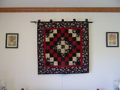 Quilted Trip Around The World Small Quilt Measures 39 X 39""