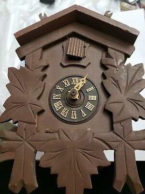 Vintage  G.M. E  Mvmt Regula German Cuckoo 25 Clock West Germany. For parts.