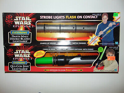 2) Darth Maul Vintage Star Wars Double Bladed Lightsaber/Qui Gon 1998 NEW IN BOX
