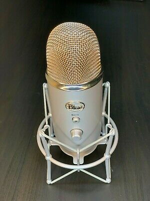 Blue Microphones Yeti USB Condenser Microphone w/ Shock Mount- Silver - Used