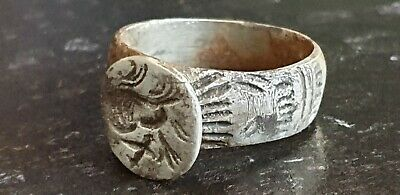 Roman Silver Ring with Portrait    2nd-3rd  century AD