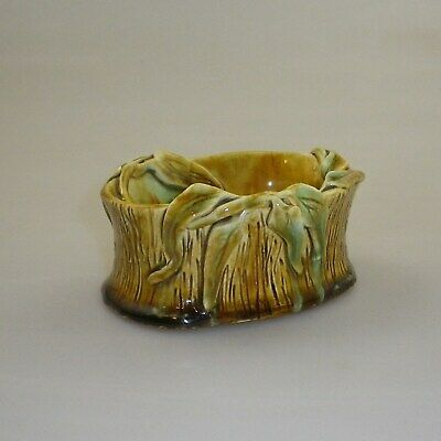 Australian Studio Pottery Bowl Decorated With Applied Gum Leaves - Signed