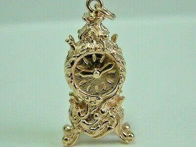 Collectors 9Ct Gold 1970'S Ornate 3D Carriage/Mantle Clock Charm - Moving Dial