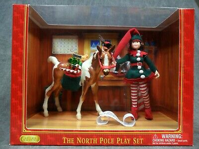 Breyer NEW * North Pole Playset * 700636 Christmas Traditional Model Horse