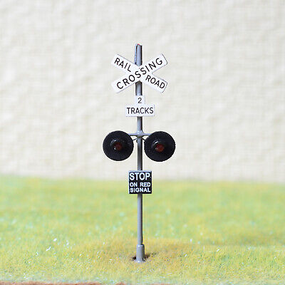 1 x OO Scale 2 tracks railroad grade crossing signal LED made 2 target gray #X