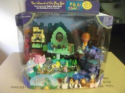 Wizard of Oz Emerald City Polly Pocket Play Set  2001 NIB Mattel Never Opened