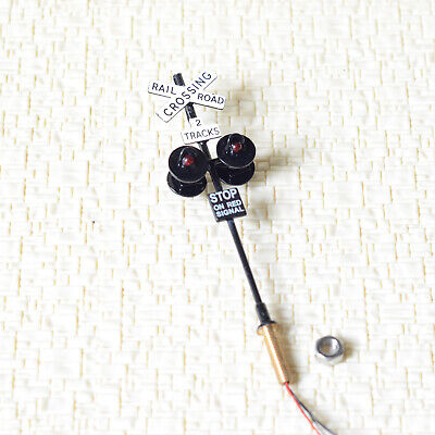 1 x OO / HO scale railroad crossing signal 4 LEDs + circuit board flasher #2BL4X