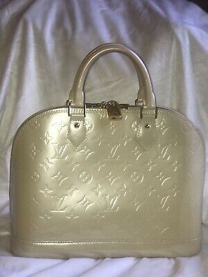 acfc47cb85 Authentic Louis Vuitton Blanc Cream Corail Monogram Vernis Alma MM Tote Bag