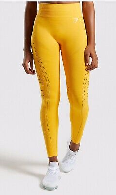 19952b71aefd8 GYMSHARK FLAWLESS KNIT Leggings Size Medium In Color Pink - $37.00 ...