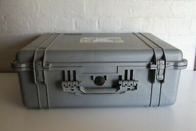 GENUINE PELICAN 1600 Case - Large - Grey