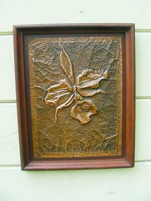Arts & Crafts 1900s Hand Hammered Copper Wall Picture Plaque ~ Great Iris Design