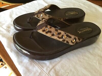SKECHERS LUXE FOAM Relaxed Step Wedge Slides Bling Sandals