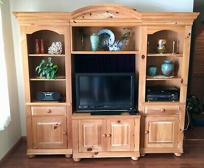 Broyhill Fontana Entertainment Center For Bookcases Display Audio Or Storage