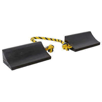 WC16 Sealey Heavy-Duty Rubber Wheel Chocks - Pair [Ramps & Chocks]