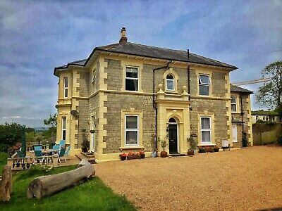 Self Catering Holiday Accommodation, Isle of Wight, UK. 10 Guests