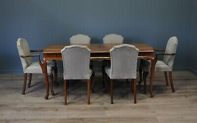 Attractive Vintage Walnut Dining Table & 6 Matching Chairs With Carvers