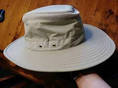 03c86fc4 Airflo Tilley Hat 7 5/8 model LTM6 no ties excellent cond. Tan
