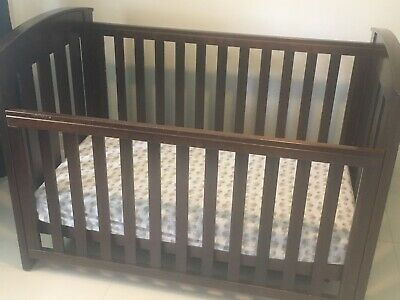 Boori Country Cot/Mattress/Change table in excellent condition
