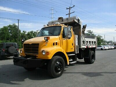 1999 GMC C8500 Dump Truck w/ plow and spreader controls 3126