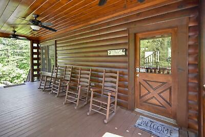 4 Nights: Timeless View Cabin by RedAwning ~ RA266093