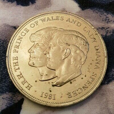 Prince Of Wales & Lady Diana Spencer Commemorative Coin 1981 Original