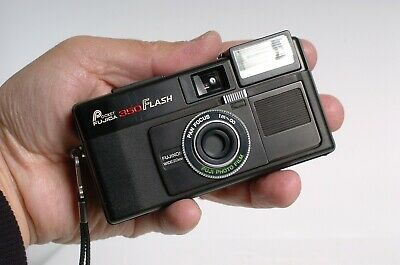 Fujica Pocket 350 flash 110 film format Point & Shoot camera