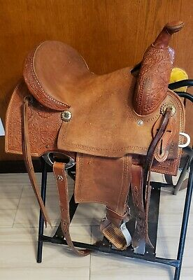 ROUGH OUT LEATHER Saddle/Motorcycle Bags with Double Buckle Closure