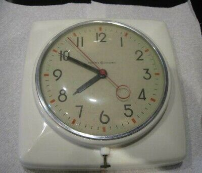 Vintage GE Plastic Kitchen Electric Wall Clock--Working Good Condition-Off-white