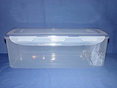 Lock&Lock Bread Container with a slice protection insert Listed at 169 ozs New