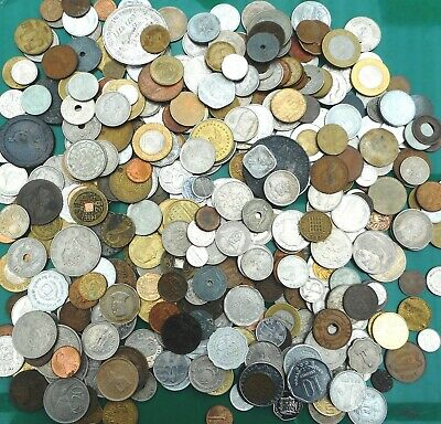 JUST UNDER 2kg of MIXED COINS (mostly foreign) ... (June)