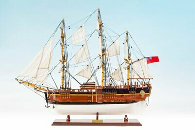 HM Bark Endeavour 1768 Model Ship (75cm) - Painted
