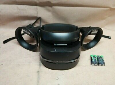 OCULUS RIFT + Touch Virtual Reality System - Includes Headset
