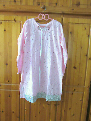 Pink broderie anglais tunic top. Handmade from Pakistan. Size 16 approx