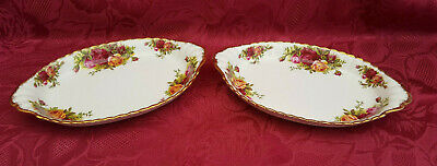 """A pair of Royal Albert """"Old Country Roses"""" small oval trays."""