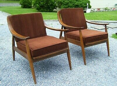 Vintage Mid Century Danish Modern Slat Back Lounge Chairs -Pair***