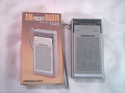 1970s SOUNDESIGN MODEL 1146 TRANSISTOR RADIO MINT IN BOX WORKS WELL COLLECTIBLE