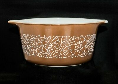 "Great price! Vintage Pyrex ""Woodland"" Brown lipped mixing bowl"