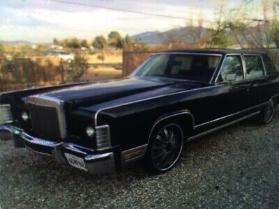 1979 Lincoln Continental Ford Town Car LTD V8 suit Cadillac buyer Classic
