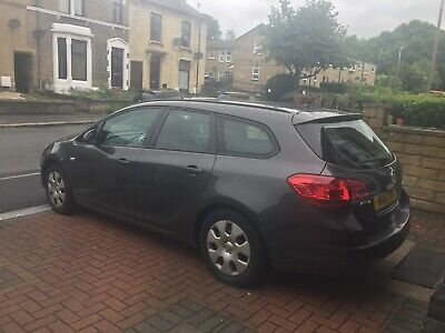 Vauxhall astra 1.3 diesel estate Low tax and insurance!