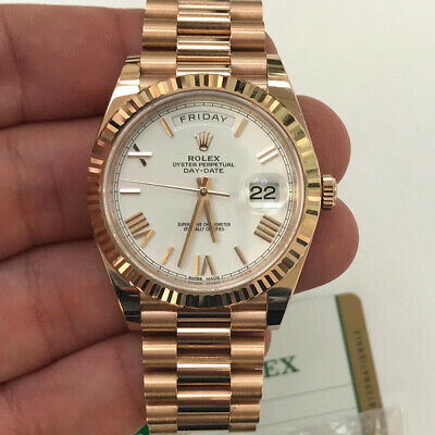 Rolex President 40mm Day Date 228235 18k Rose Gold White Roman Dial Watch