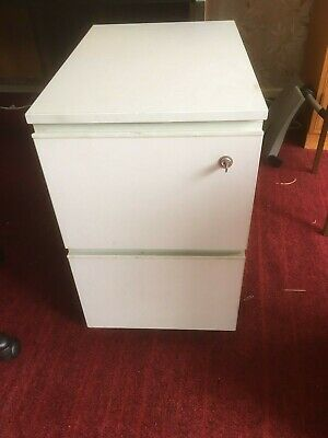 2 drawer filing cabinet with key. Knoxfield, Melbourne