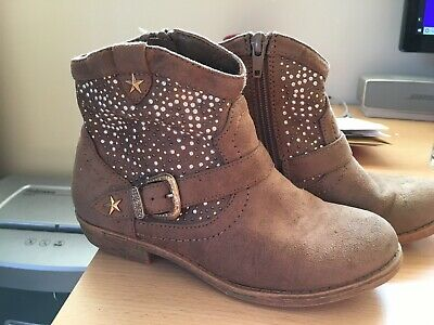 Girls Tan Suede Ankle Boots With Sparkle Detail. Size 32