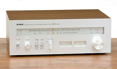Yamaha CT-810 FM/AM Analaog Stereo Tuner / Radio in silber