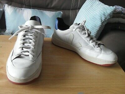 Veja V12 White & Blue Leather Trainers Size Uk7