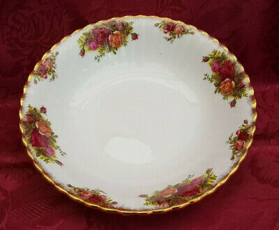"A  Royal Albert ""Old Country Roses"" large round serving bowl ***REDUCED***"