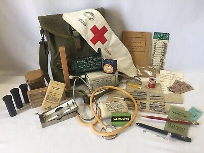 Original Wwii Us Army Medic Pouch Bag Set With Rare Vintage Field Medic Content