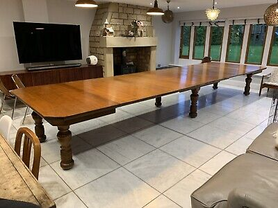 Beautiful Huge Extending Oak Dining / Conference Table 5.4m X 1.5m