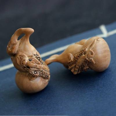 1pc Natural Wood Carved Gourd Handmade Craft Tiny Charms Decor Home
